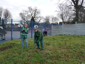 volunteers preparing the ground, Mallard Close