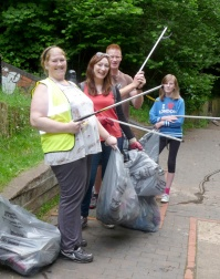 Litter Pick 01 web